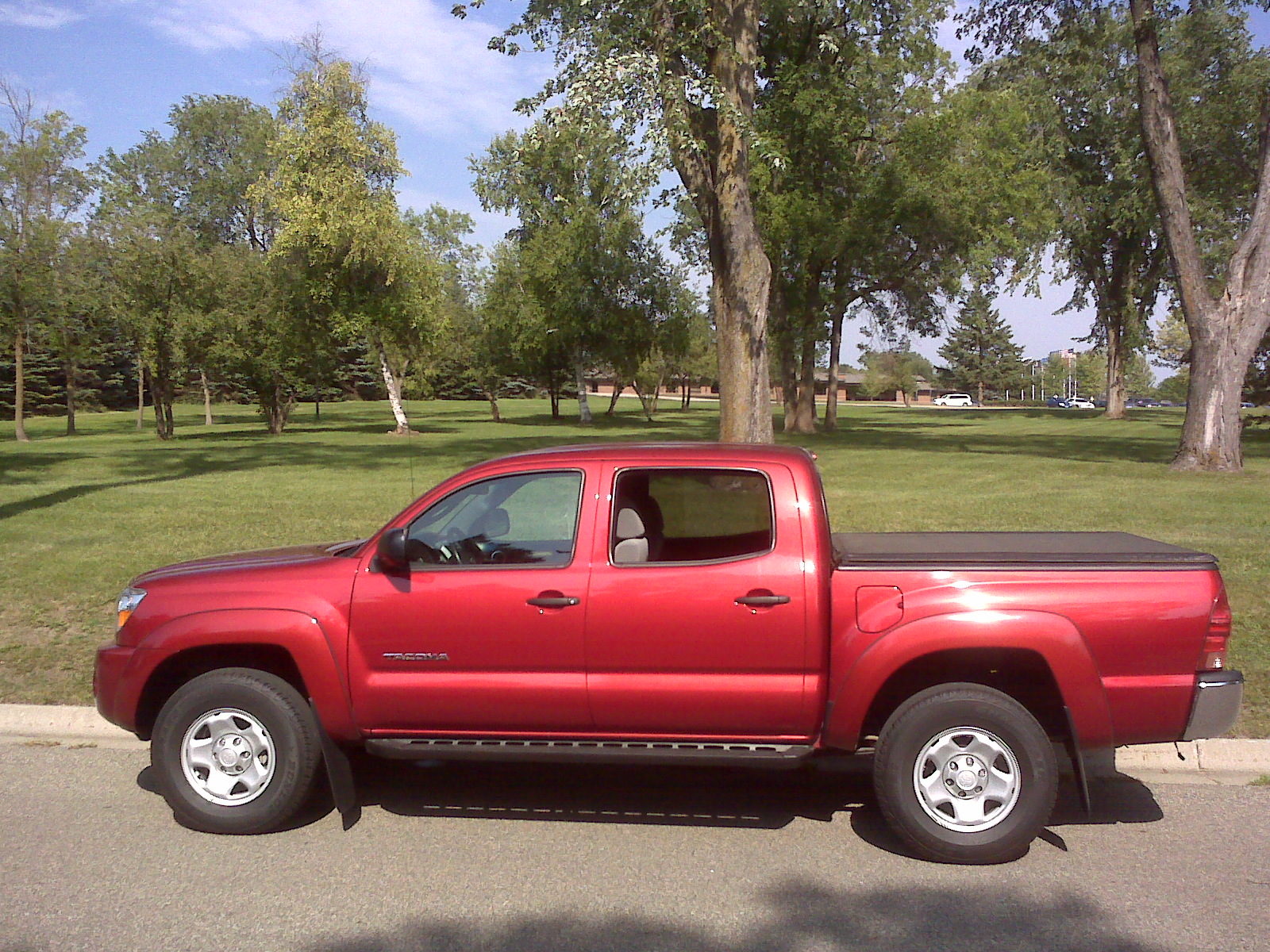 Photograph of a 2008 4-wheel-drive Toyota Tacoma pickup truck